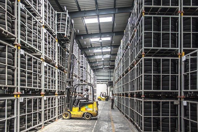 Why You Need a Crating Facility For a Successful Warehouse Move